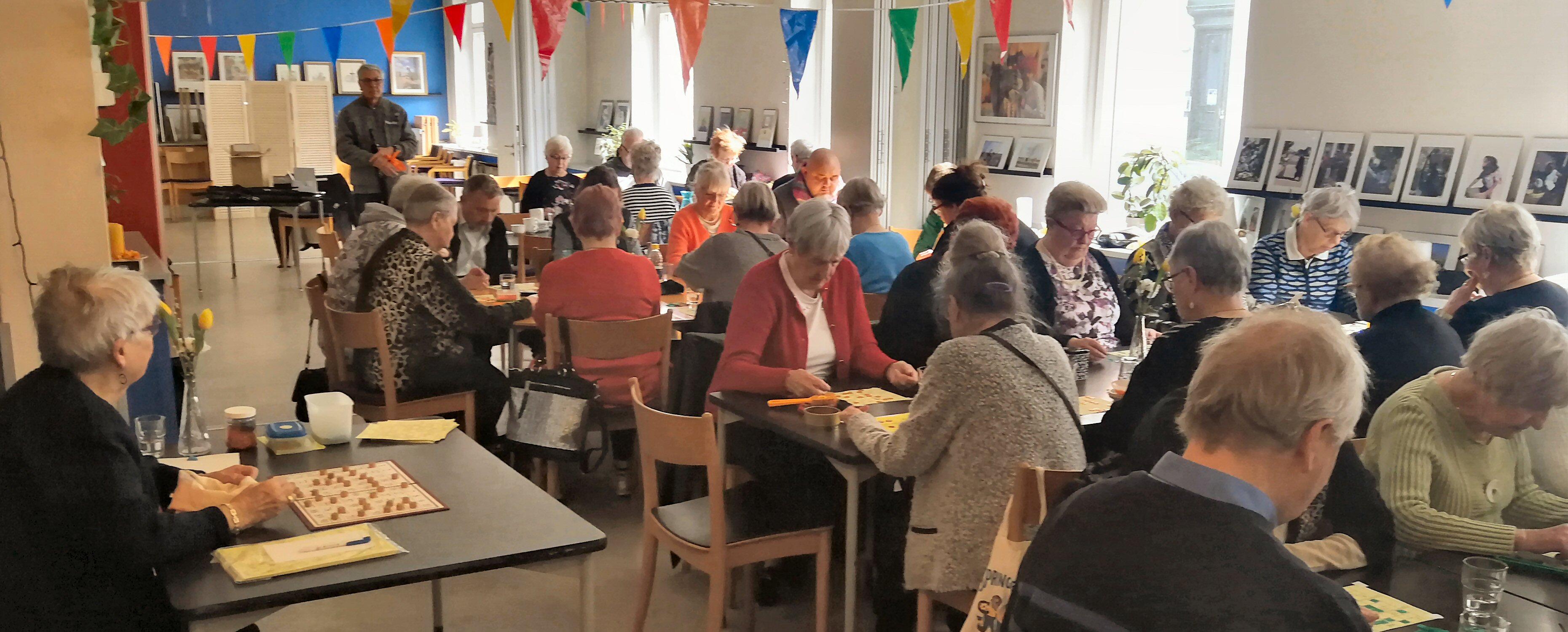 27/10 Gratis Efterårsbanko for alle østerbroere @ Nabo Østerbro, Vibenshave